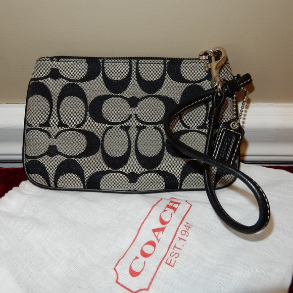 coach bags c signature fabric skinny wristlet poshmarkm_5aaa943d85e6053846524bf9